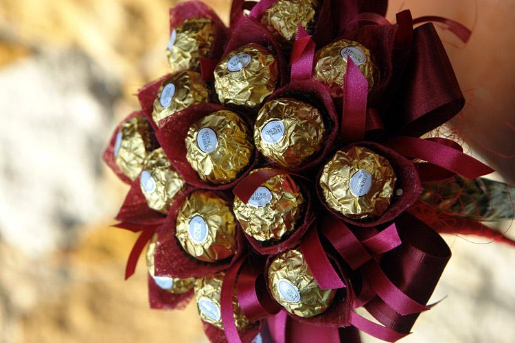 Новогодние композиции из конфет своими руками мастер