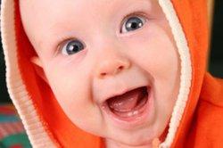 Когда у детей режутся зубы?