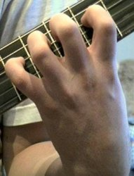 Как научиться играть на гитаре самостоятельно?