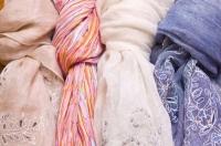 Как повязать платок на шею?