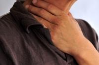 Изжога в горле: причины и лечение