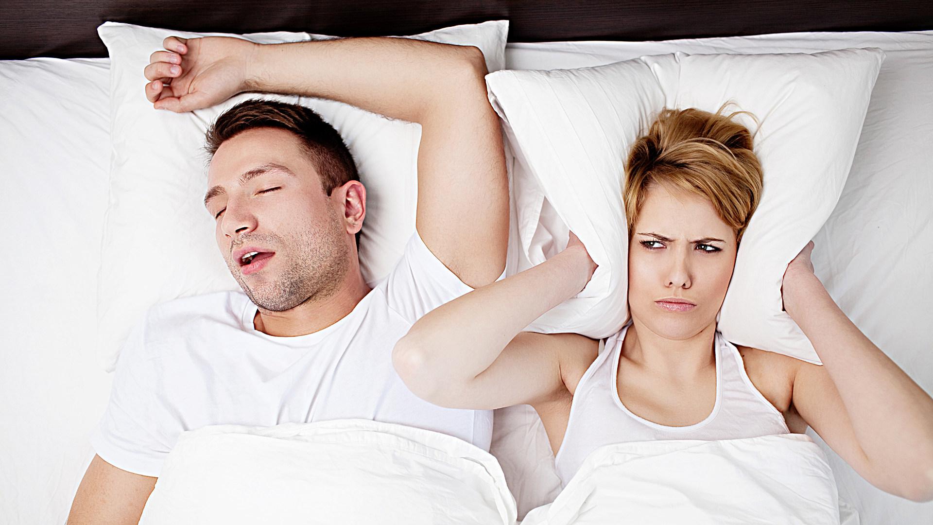 Особенности возникновения и лечения мужского храпа